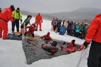 10 Simple Steps to Plan a Polar Bear Plunge Fundraiser