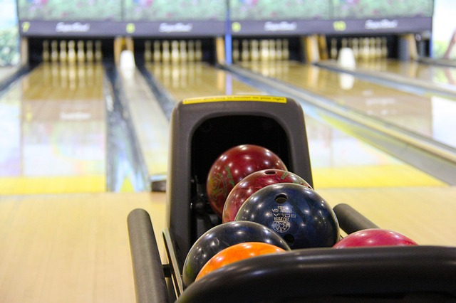 Planning a Bowl-a-thon Fundraiser